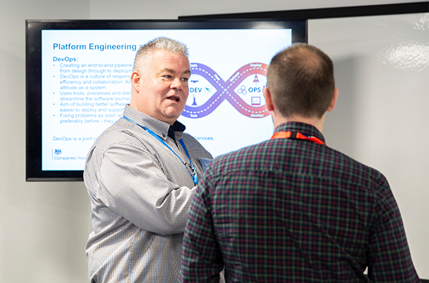Steve Bowen, head of platform engineering at Companies House, leading a meeting.